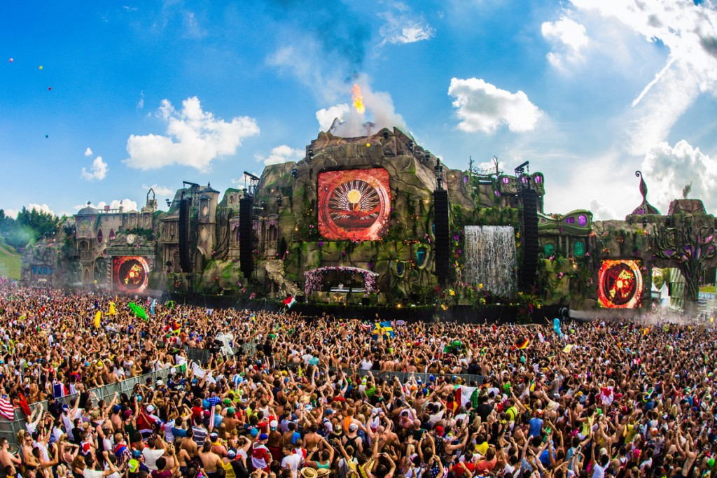 tomorrowland2013