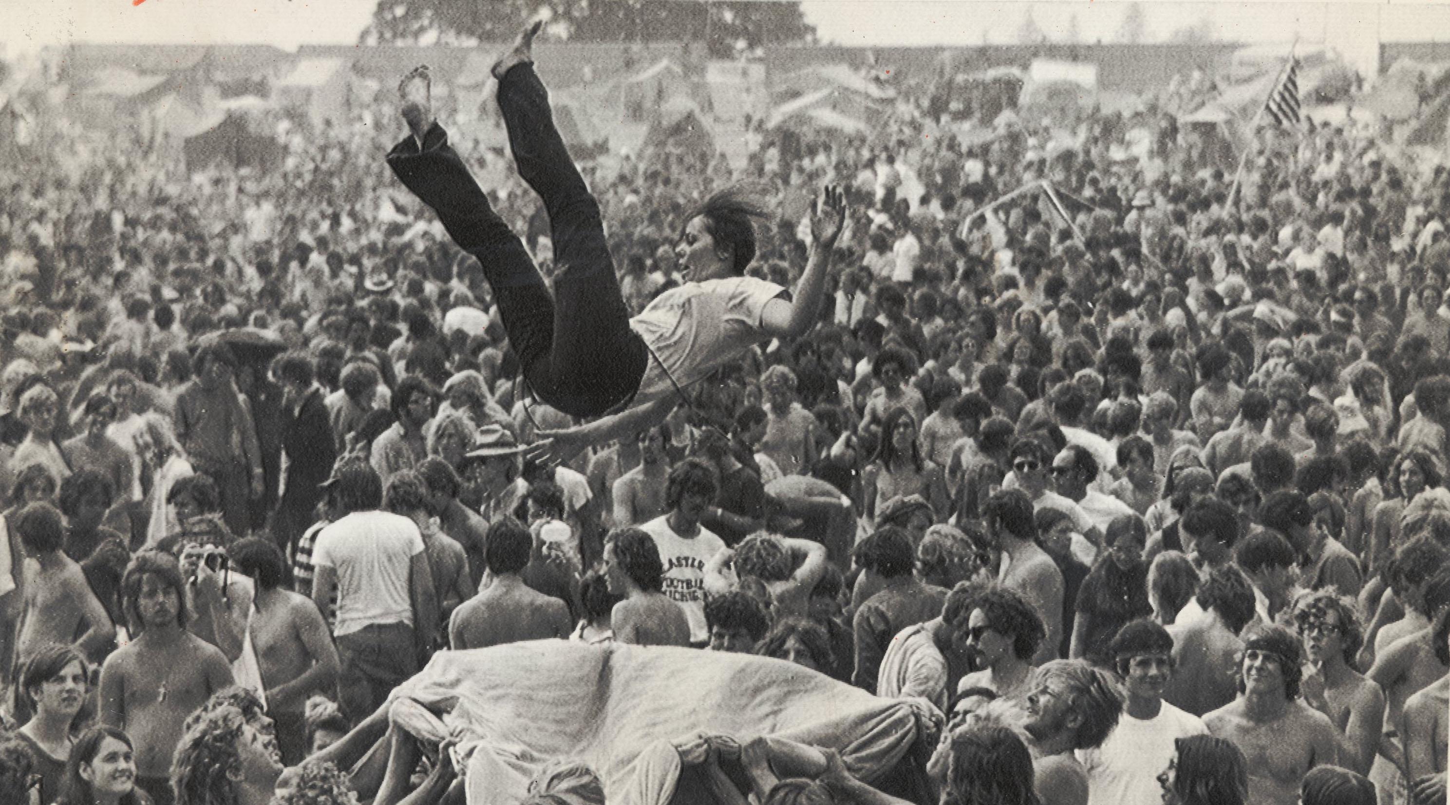 A primeira edição do festival ocorreu entre os dias 15 e 18 de agosto de 1969, em Nova York, Estados Unidos.