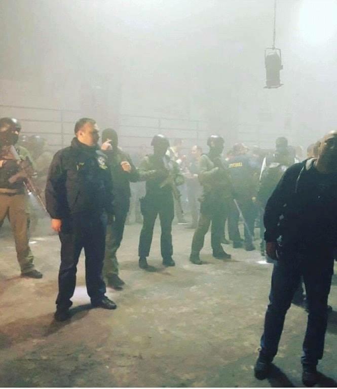 Contra a proibição, georgianos vão às ruas e pedem a renúncia do primeiro ministro